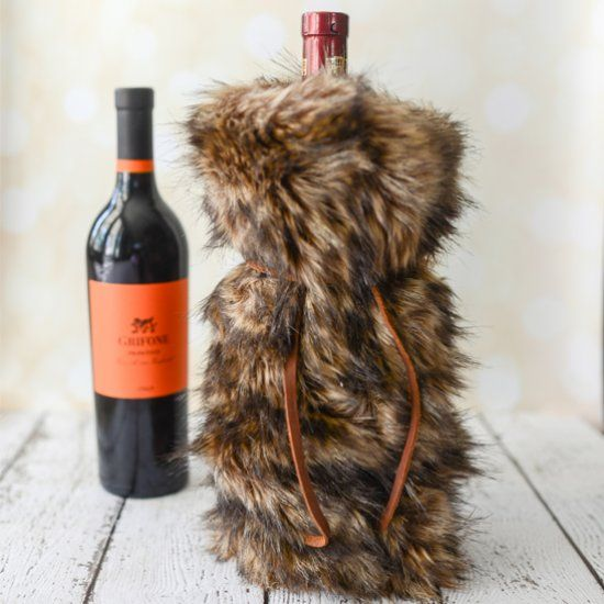 3a771133a928 Make a luxurious faux fur wine gift bag