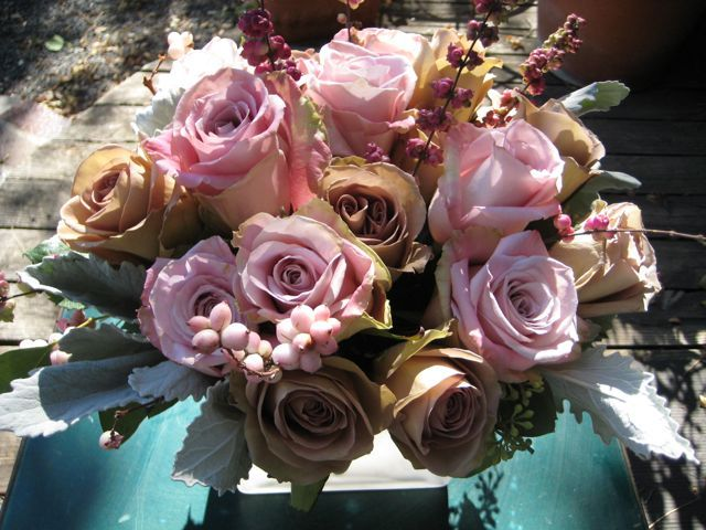 compact~snowberry~pale~roses @ cowgirls and flowers austin