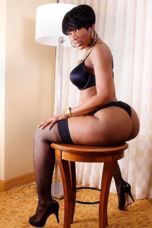 Sexy phat ebony