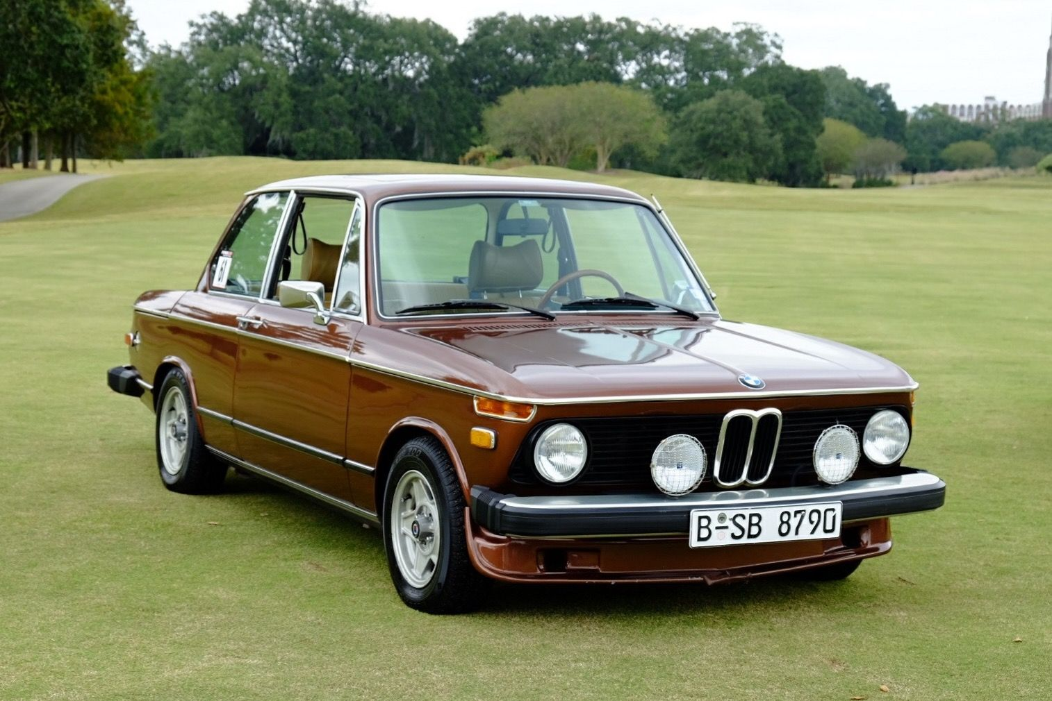 mpower bid for the chance to own a 1976 bmw 2002 at auction with rh pinterest com