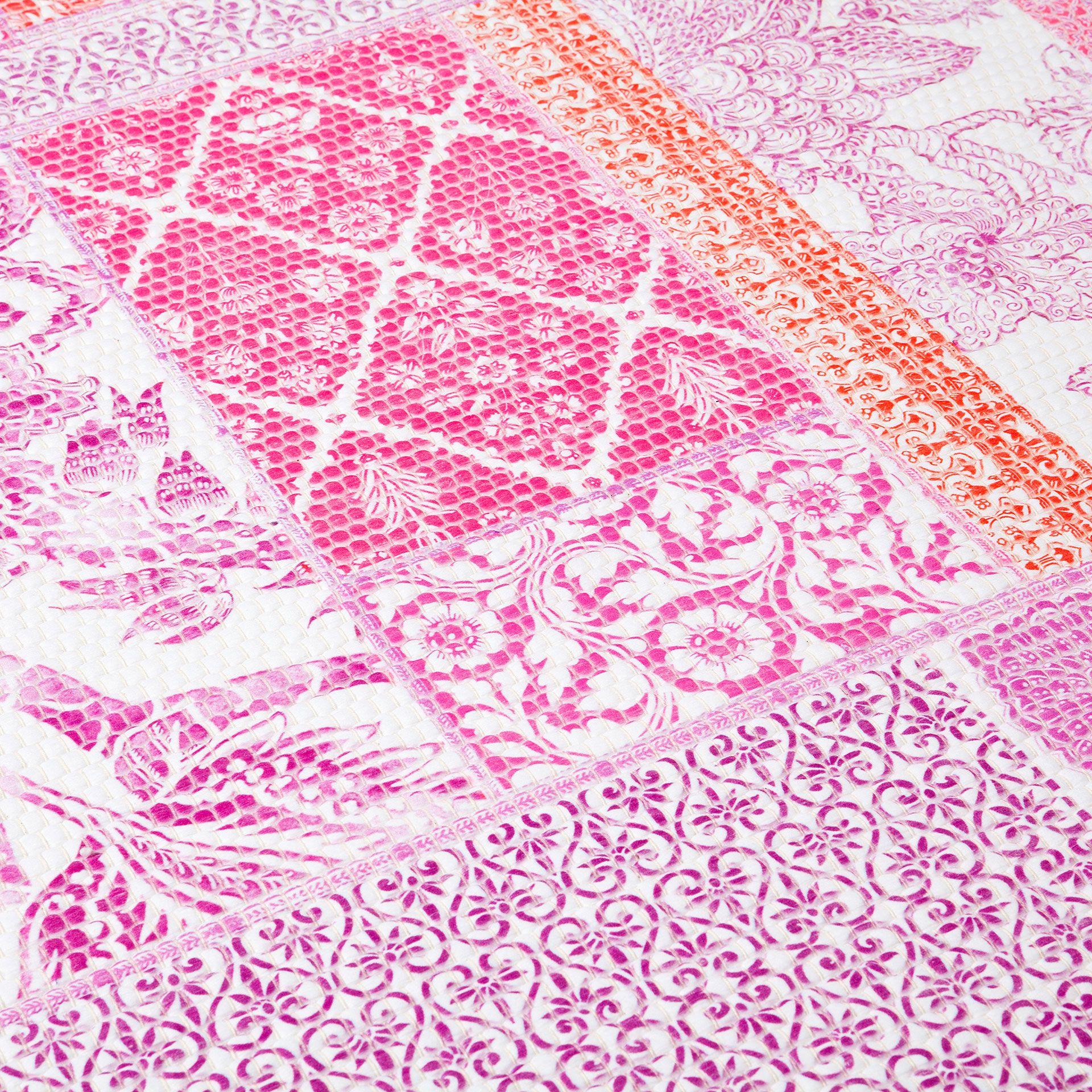 teppich mit rosa digitalprint zara home deutschland interior pinterest boho chic. Black Bedroom Furniture Sets. Home Design Ideas