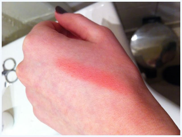 MAC Fleur Power blusher swatch