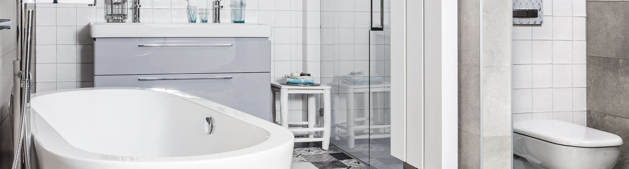 Een complete badkamer kopen doe je niet zomaar. Bekijk eerst ...