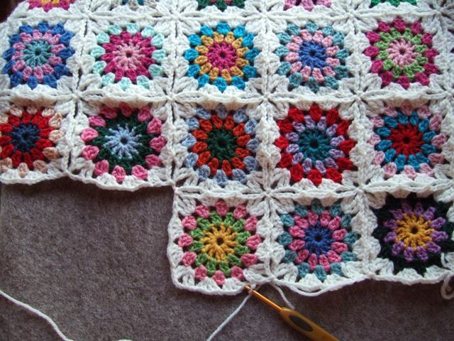Gorgeous Granny Squares Six Great Patterns For Beginners One Day