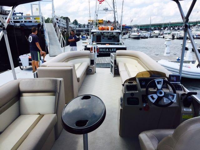 Comfort For The Whole Family Newbury Port Maine Freedom Boat Club East Coast Road Trip Boat Newburyport
