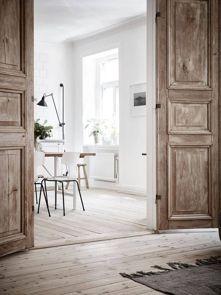 10 Inspiring Interior Doors: We Can't Stop Dreaming About This Bright Scandinavian Flat