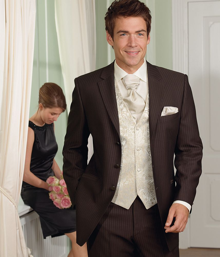 Nice suit! The vest and tie, not so much... | My Style - Threads ...