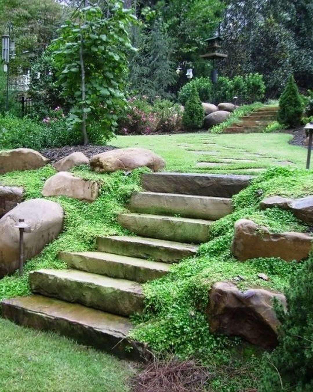 Garden Natural Impression About Large Landscaping Rocks With Laddersteps And Steeping And Big Size Stone And Look Wet Decoracao Jardim Jardim Jardins De Casas