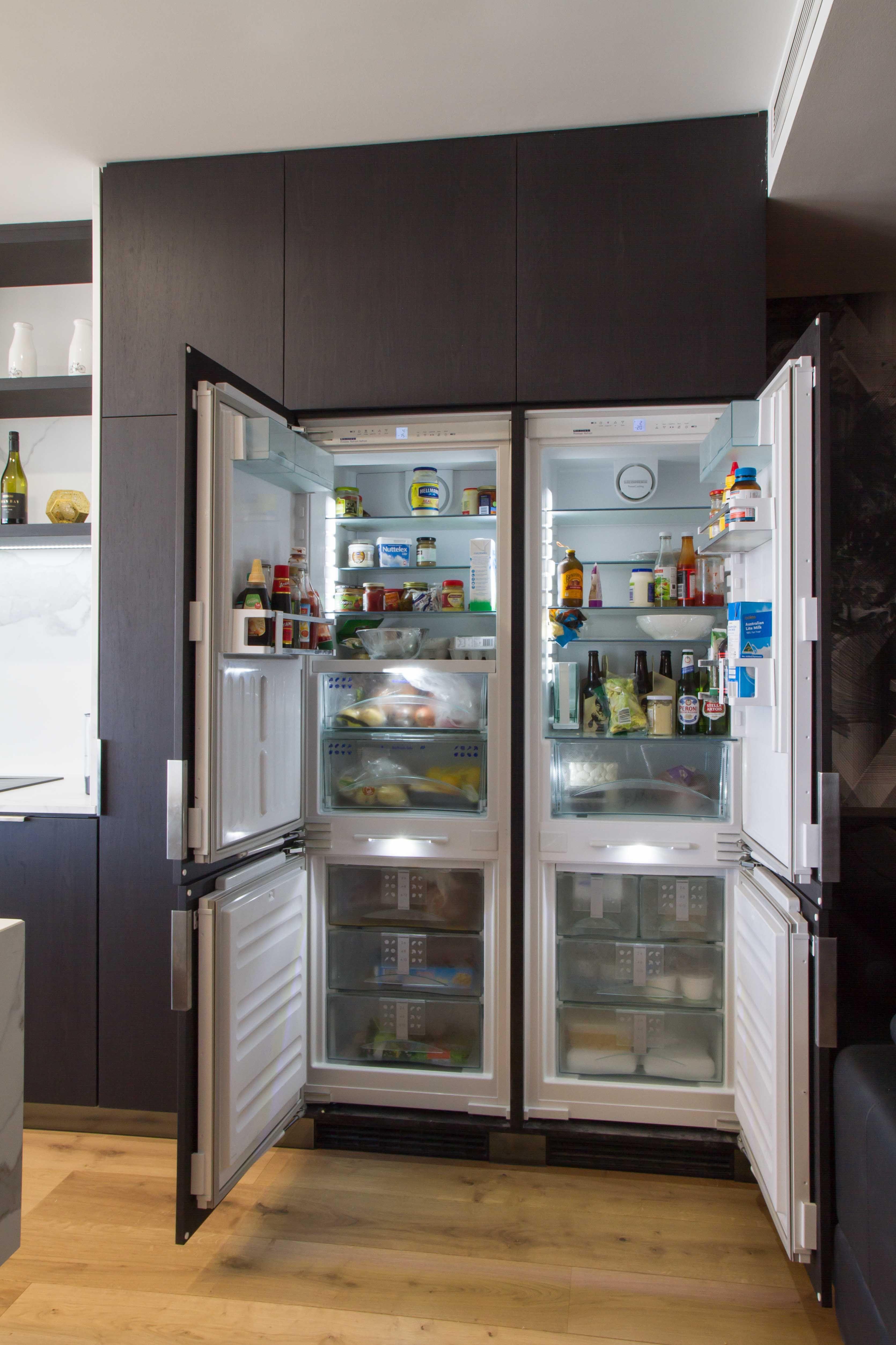 Sleek Modern Kitchen Bar And Laundry