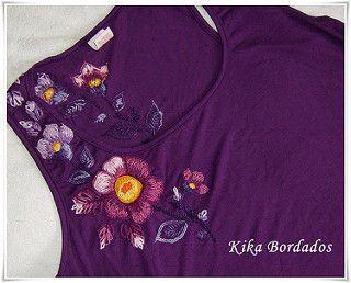 Camiseta regata roxa bordado sem brilhos