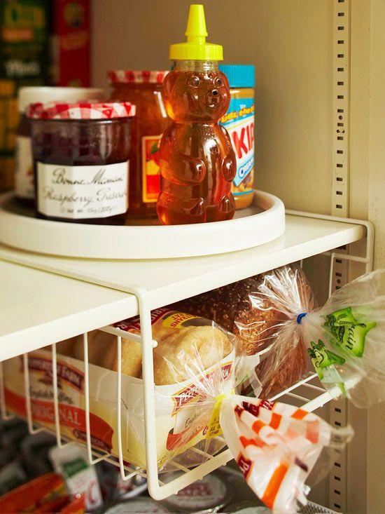 simple storage for less astuces rangement cuisine pinterest rangement organisation et astuces. Black Bedroom Furniture Sets. Home Design Ideas