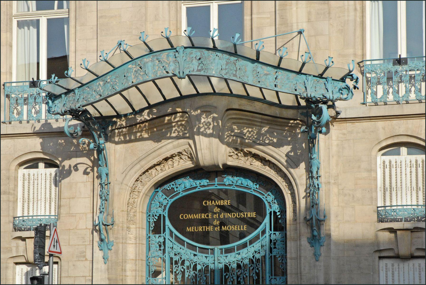 Ferronneries De Louis Majorelle La Chambre De Commerce Et D Industrie Du Meurthe Et Moselle A Nanc Architecture Exterior Art Nouveau Architecture Glass Porch