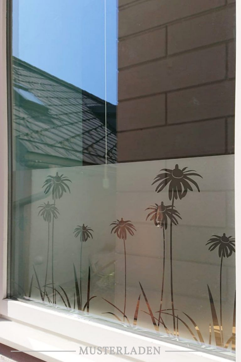 Dekorativer Sichtschutz für Fenster mit Folien 2