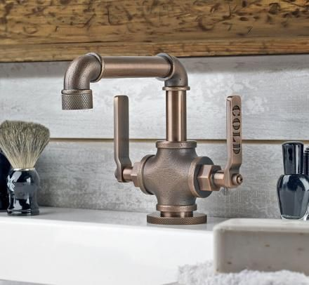 Incroyable This Bathroom Faucet Looks Like An Old Industrial Pipe
