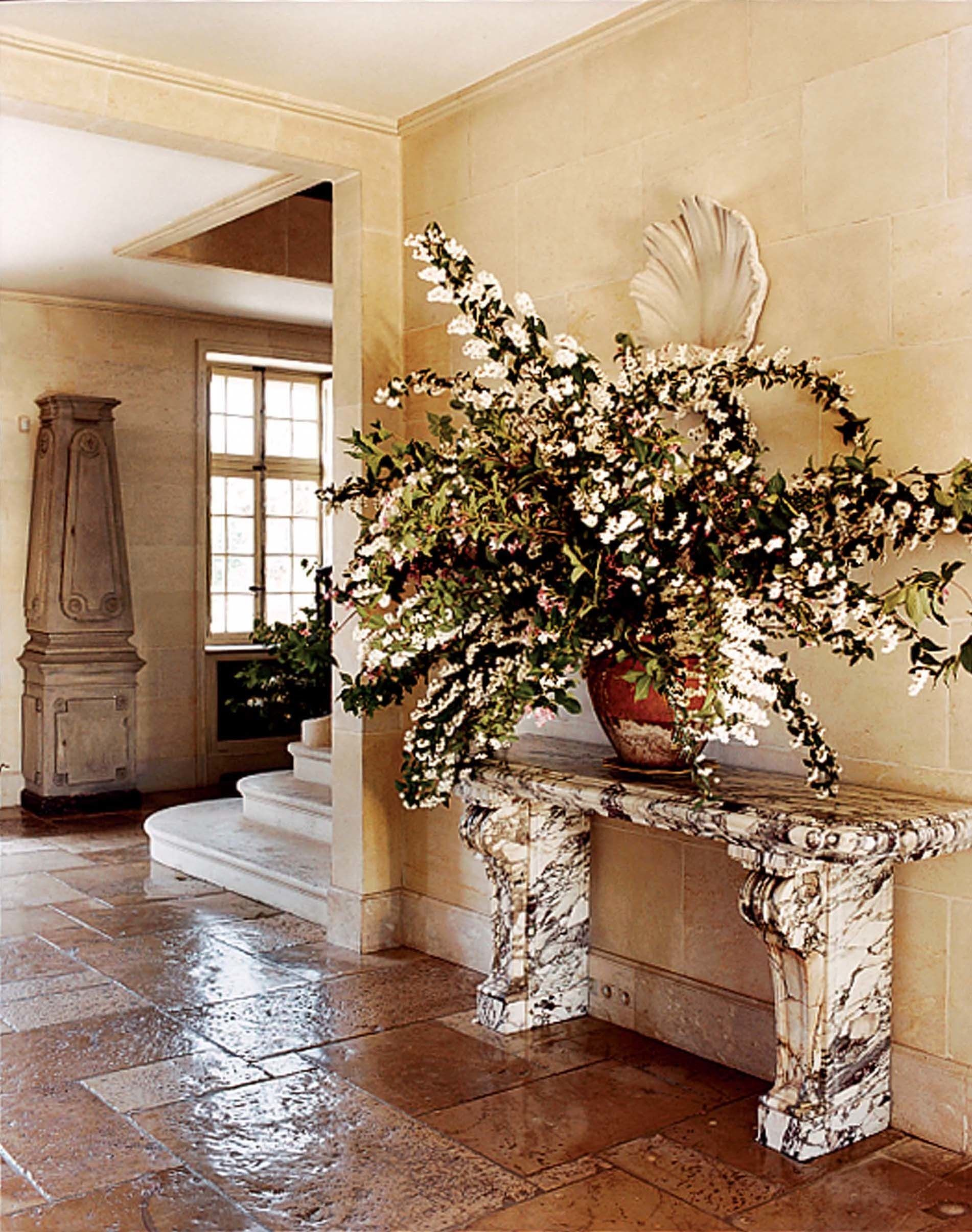 The Most Beautiful Foyers In Vogue Photos Foyer Decorating