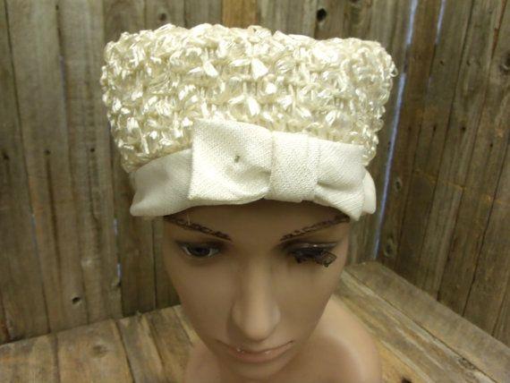 Ladies Antique Off White Church Hat Straw w by PoisonPuddingFaire, $19.95