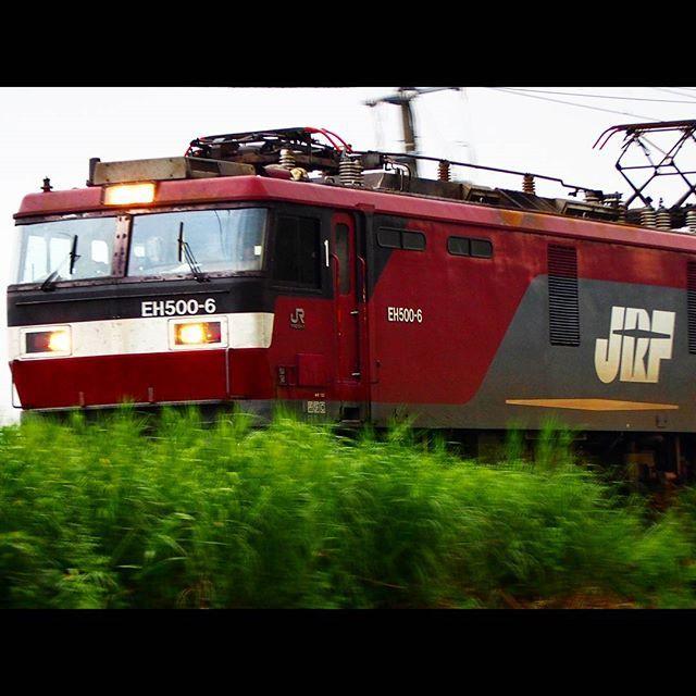 #金太郎が行く #train #japan #日本 #jp_views2nd #loves_transports #鉄分  #trains_worldwide #railway #JR貨物 #icu_transport #icu_japan #instagramjapan #railways_of_our_world #_rsa_theyards #青森 #津軽海峡線 #EH500 #kings_transports #trainsstagram by m_msk