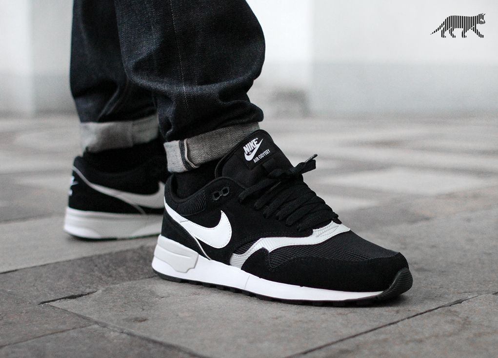 Nike Air Odyssey (Black / White - Neutral Grey)