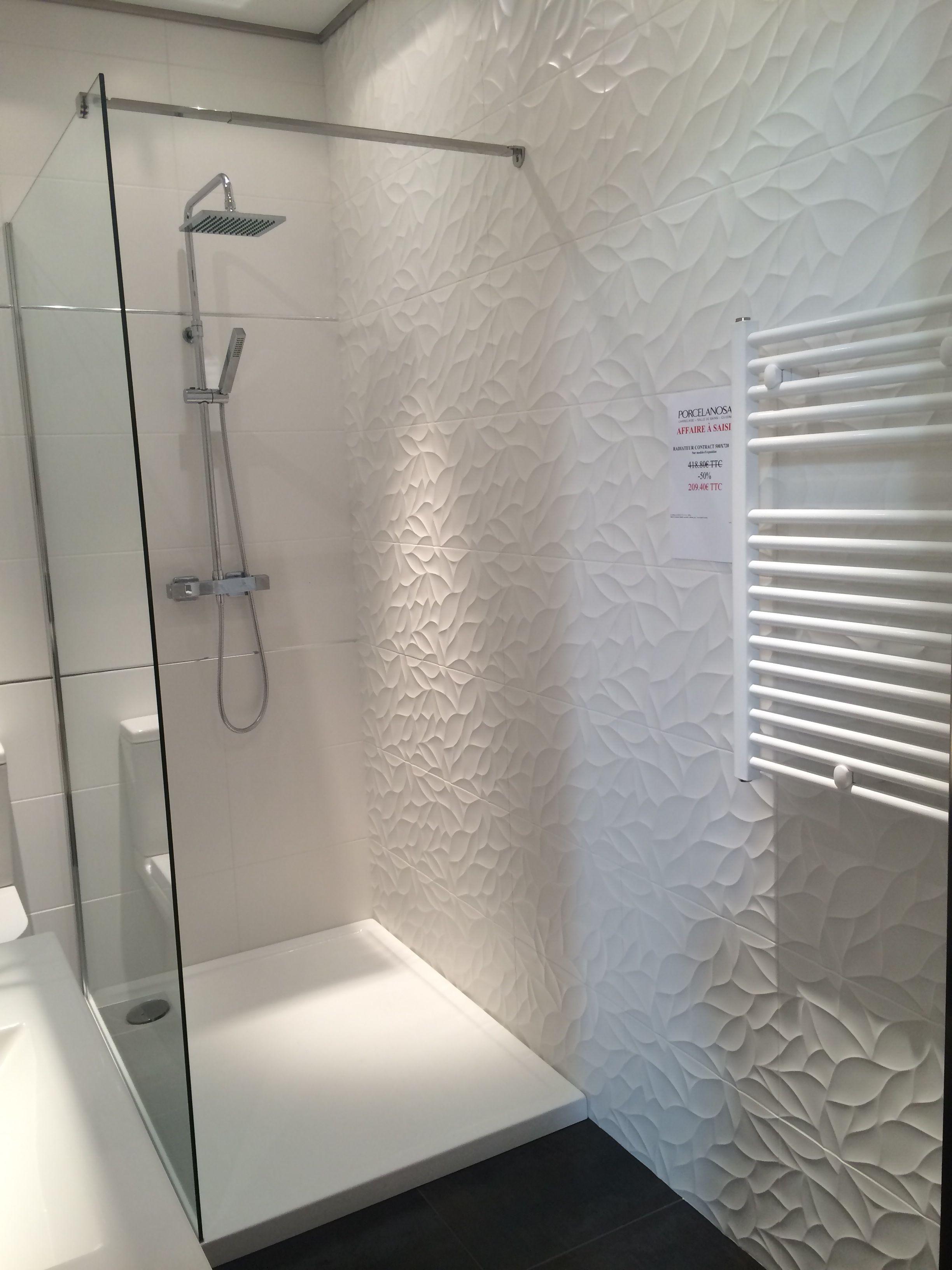 Salle de douche porcelanosa pomys y do domu en 2019 - Faience salle de bain blanche ...