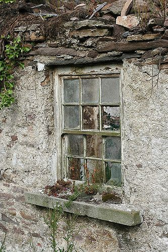 Old Window by Fergus_B