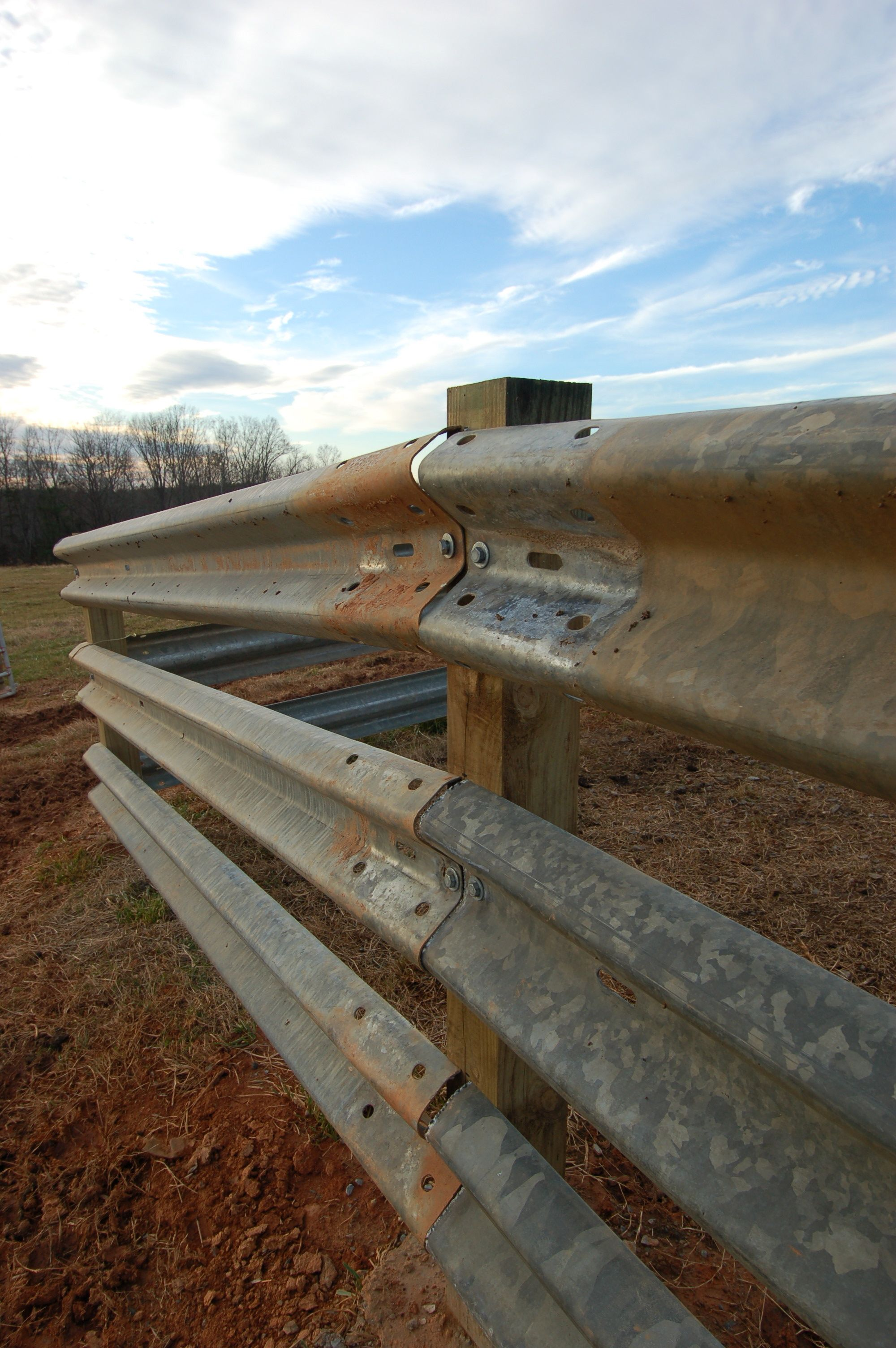 Best Livestock Steel Used Highway Guardrail Cattle Fence Will 640 x 480