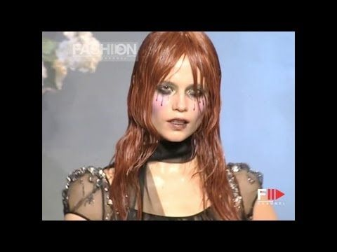 """LE MAUVAIS GARCON ET LE MERVEILLEUSE INGENUE"" John Galliano Fall 2007 by Fashion Channel"
