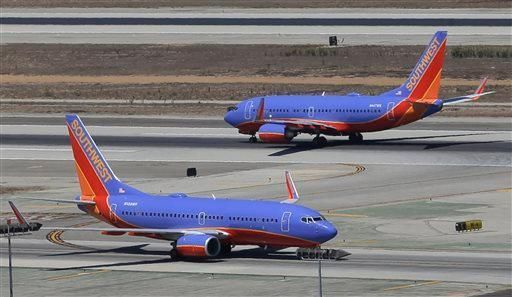 Airline Wars Continue: Passenger Chokes Woman for Reclining Seat
