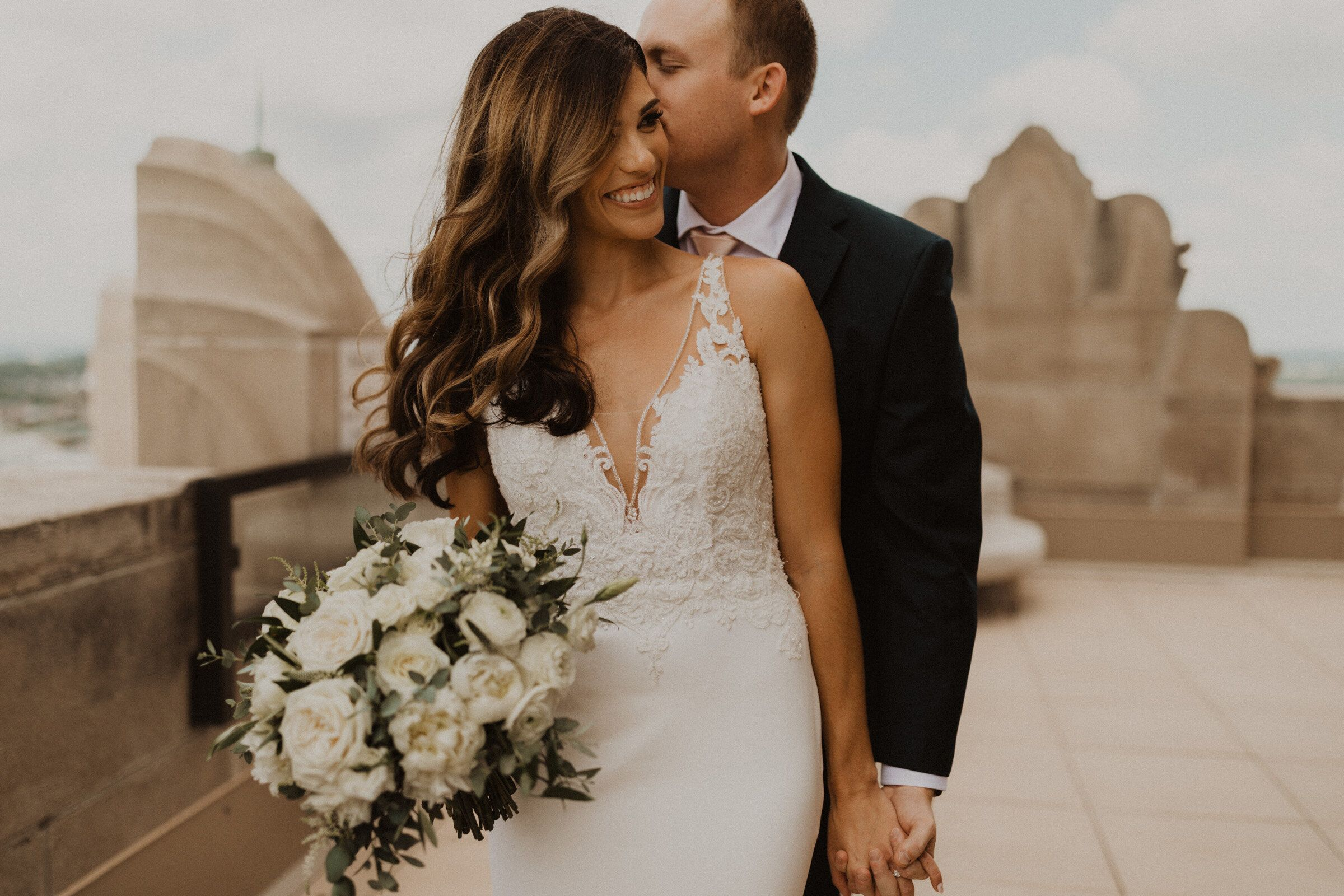 Lauren And Curt Beautiful Downtown Kc Wedding At The Grand Hall