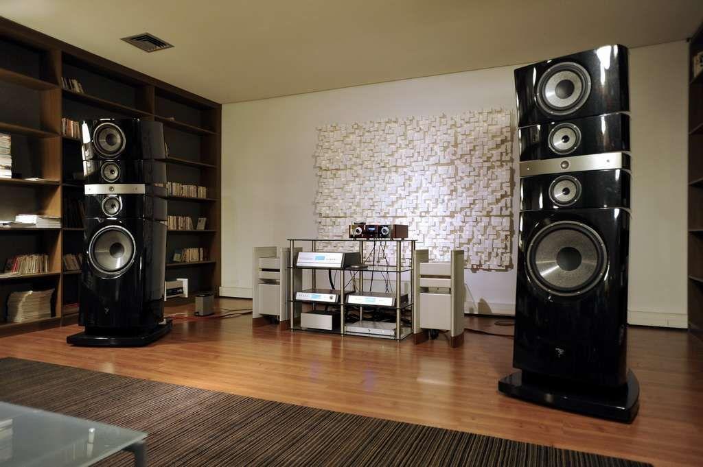 focal showroom grande utopia em halcro dm88 thorens tep3800 focal showroom pinterest. Black Bedroom Furniture Sets. Home Design Ideas