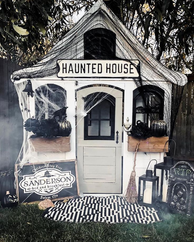 These Haunted Playhouses Give Halloween Decorating a Pint-Size Twist