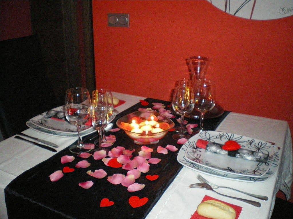 Imagenes para decorar camas y mesas romanticas en san for Cena romantica para mi novio
