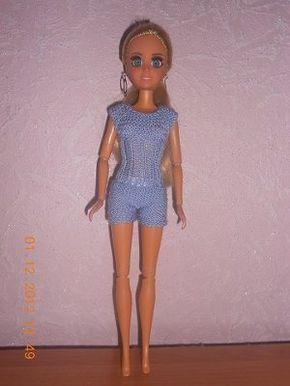 Вяжем комбишерты. Миниатюрное вязание кукле Барби. Шорты ...