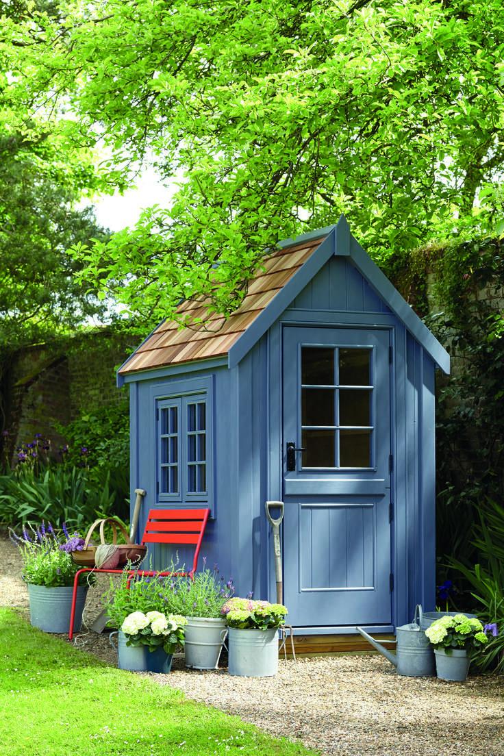 gartenhaus in blau | kleine gärten | pinterest