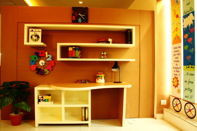 Gentil House · Kids Study Table Design