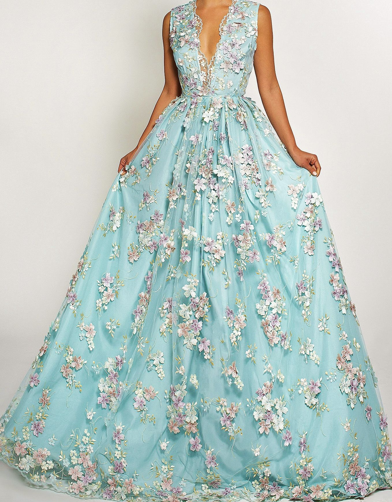 Pin by Michaela on Prom | Pinterest | Ball gowns, Prom and Gowns