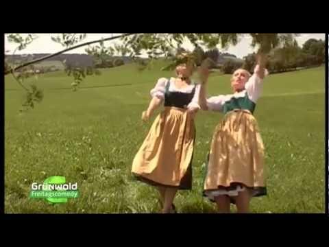 Freitagscomedy : Glockentaler Suppennudeln (Monika Gruber) - YouTube
