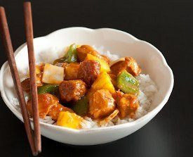 Love the taste of sweet and sour chicken but hate how it always seems to be fried? Here's the solution you've been looking for: a recipe for Slow Cooker Sweet and Sour Chicken. It's healthier than other Chinese recipes and delicious too!