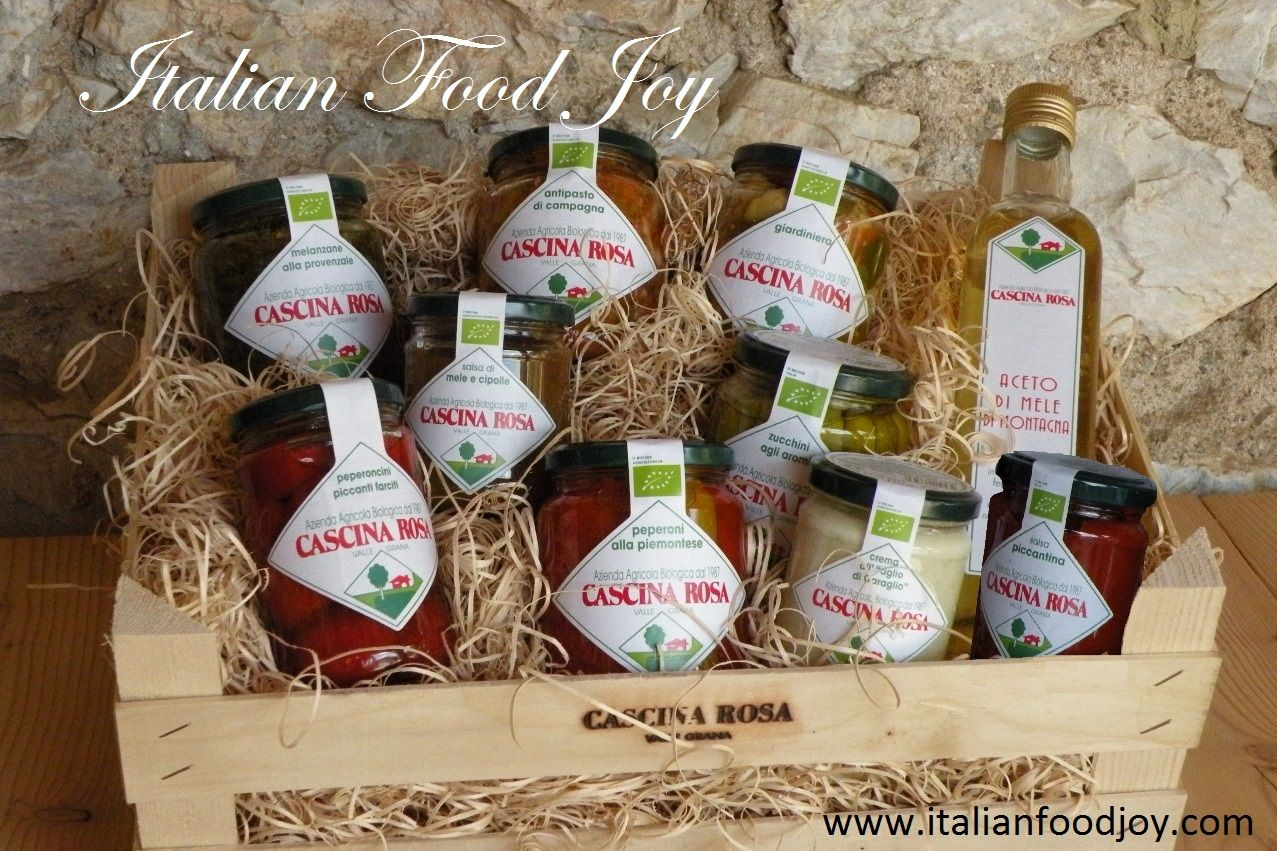Piedmontese-style peppers       Provençal-style #aubergines                                            #Stuffed #chilli #peppers   Flavoured #courgettes Mixed pickled #vegetables  #Garlic #cream Apple and #onion sauce       #Spicy #sauce         Apple #vinegar  the best italian #Bio foods also for #vegetarians. #Italian #Food Joy www.italianfoodjoy.com for UK and EU www.italianfoodjoy.de for DE und AT