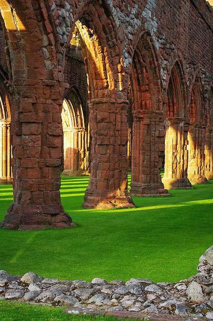 ANCIENT ABBEY, DUMFRIES, SCOTLAND  (also known as sweetheart abbey )