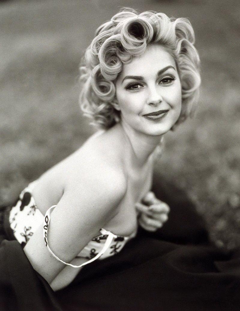 Ashley Judd channeling Marilyn Monroe. She did such a good job ...