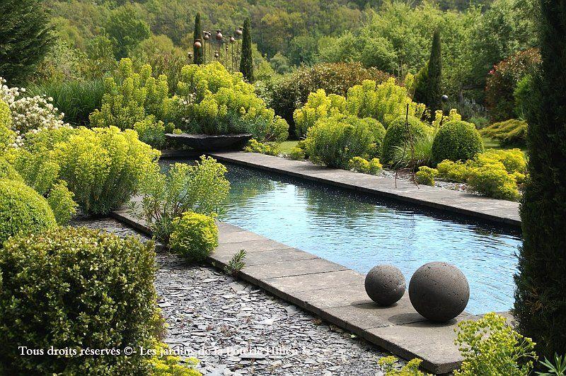 Bassin contemporain realise en ardoise jardin lieu de for Creation jardin contemporain