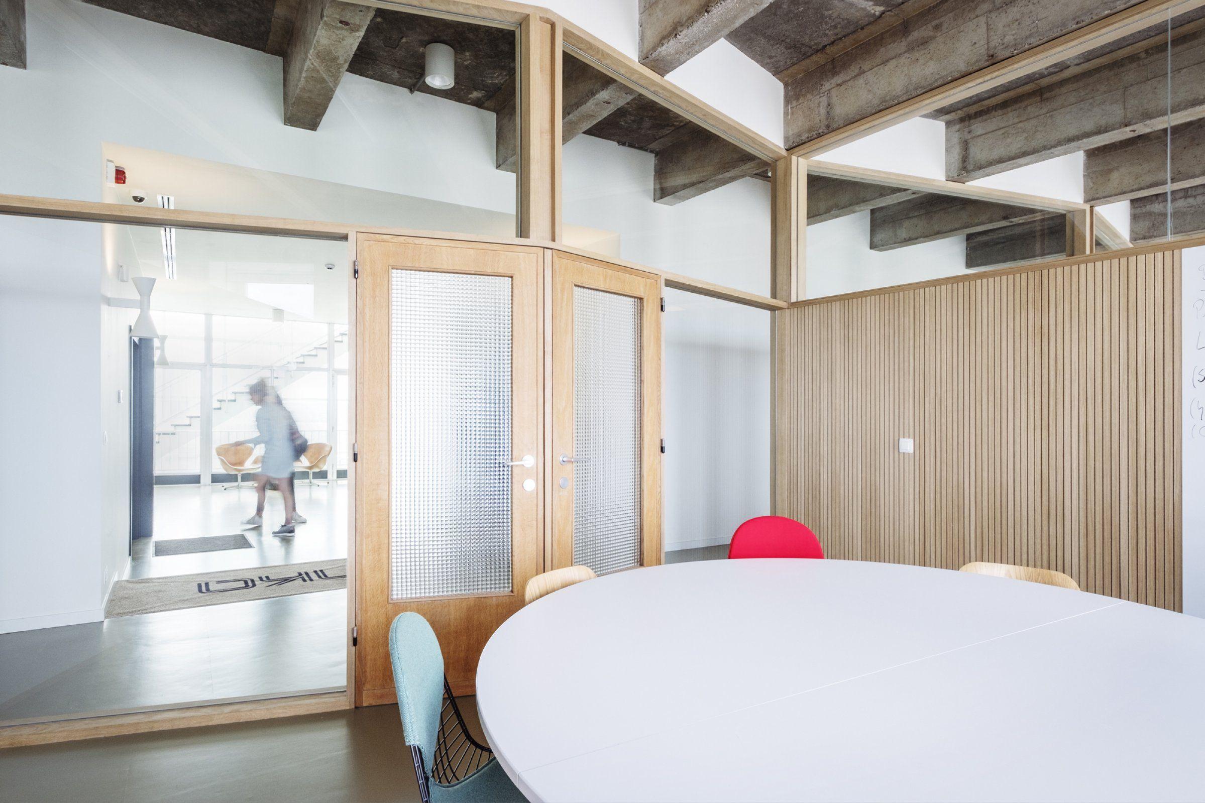 Kantoor panenka bulk houten scheidingswanden met bovenlichten