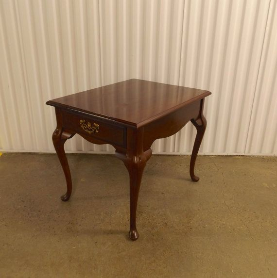 Best Vintage Bassett End Table Queen Anne Style Cherry By 400 x 300