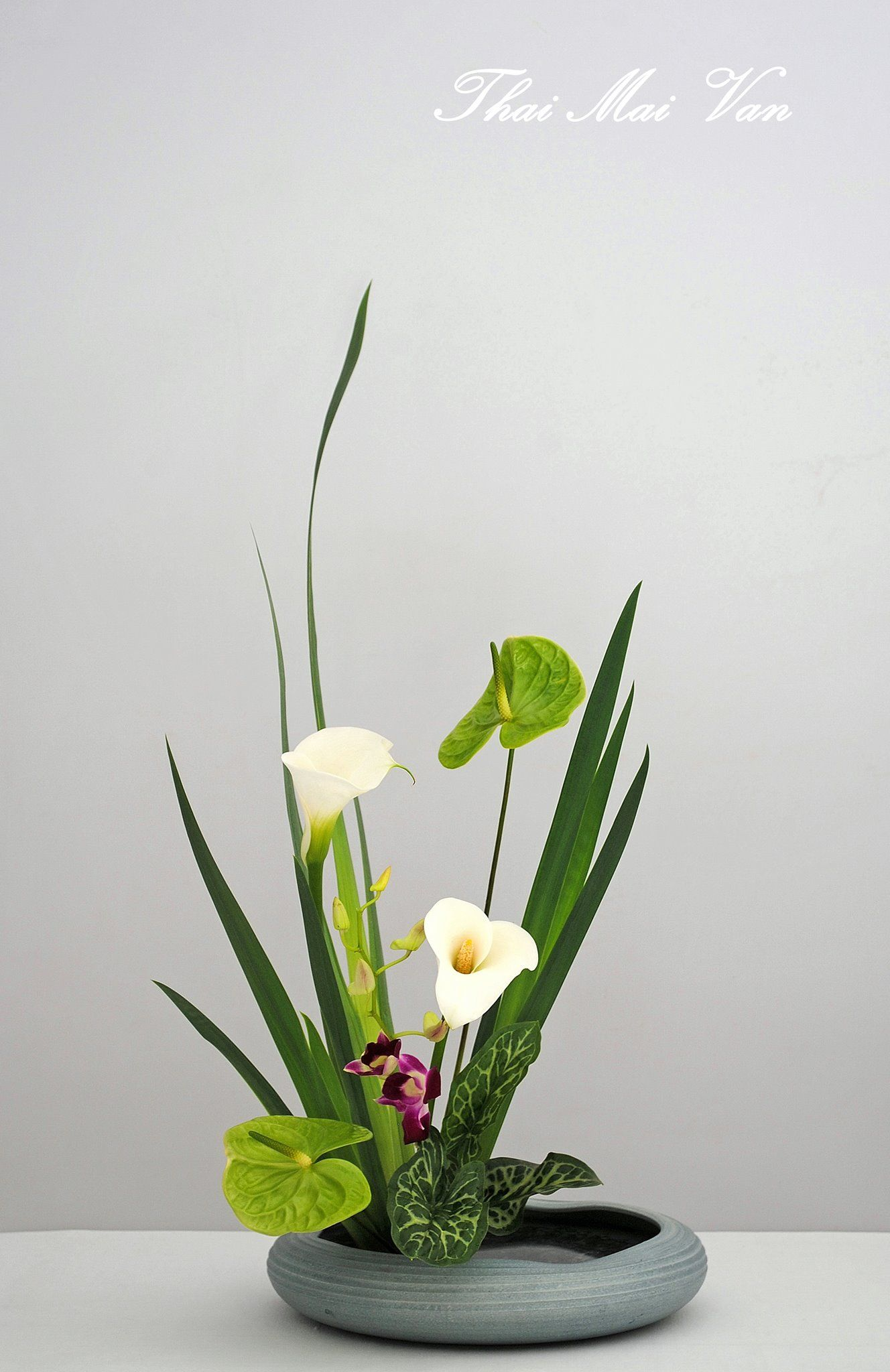 Ikebana Flower Vase Arrangements