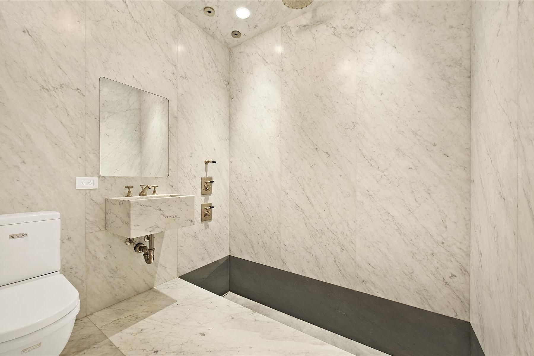 captivating white Bathroom Wall Design at Marble House with marble ...