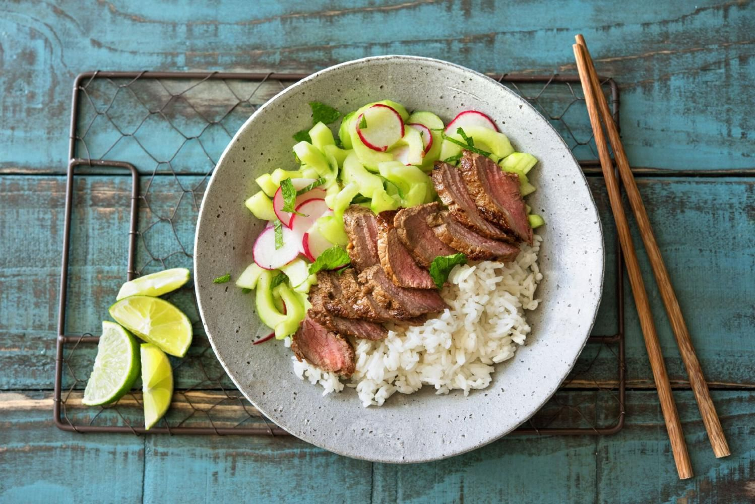 Blue apron quick pickles - Vietnamese Marinated Steak With Herb Salad Quick Pickled Veggies And Jasmine Rice Recipe