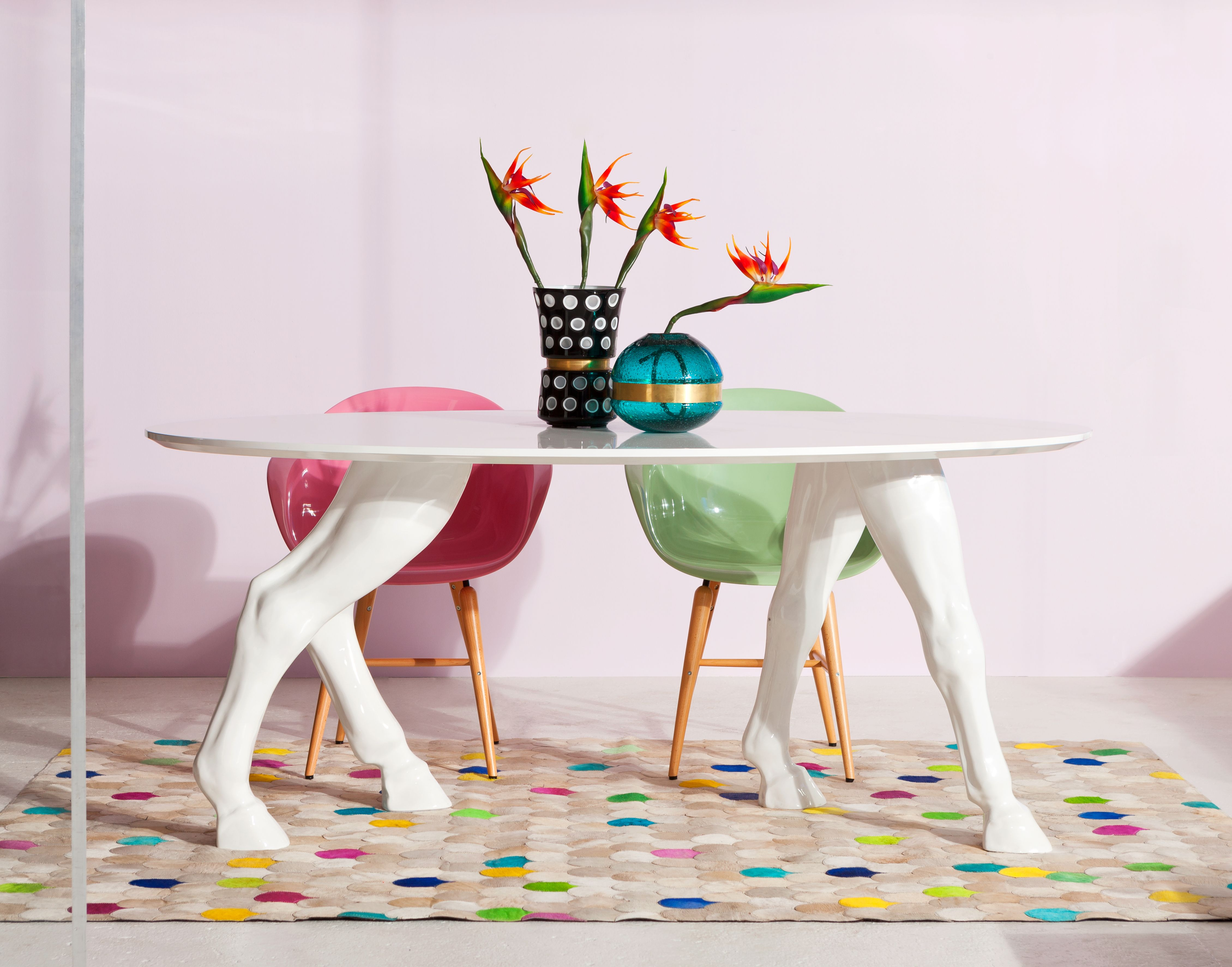 Table Horseshoe White 180x100cm By KARE Design #Table #Horse #Horseshoe # Crazy #Style #Design #White #Dinner #Whitedinner #extraordinary #special  #fun #KARE ...