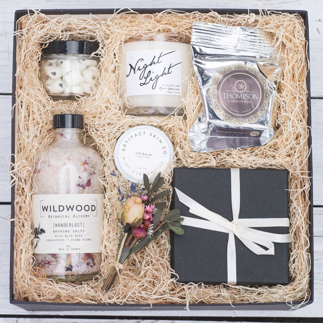 Made In Canada Gift Boxes For Your Wedding Party Wedding Small