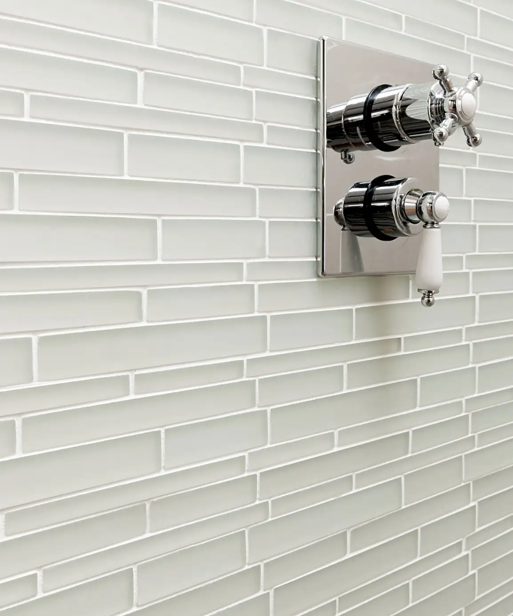 Regal Vanilla Polished Tile 60cm X 30cm In 2020 Topps Tiles Bathroom Feature Wall Mosaic Tiles