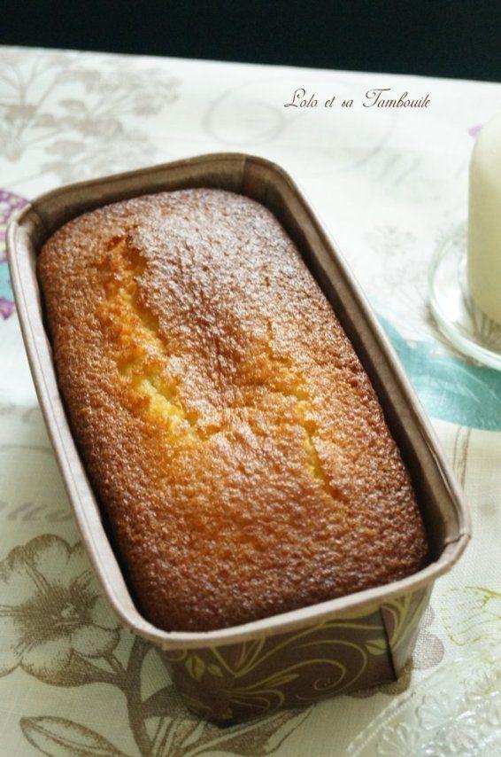Gâteaux fondants à la noix de coco is part of Desserts - Direction les îles aujourd'hui, avec un délicieux gâteau fondant à la noix de coco… Mes envies de soleil et les attentes de Mr Lolo ont étaient satisfaites, ce gâteau ayant tenue toutes ses promesses…